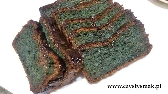 oryginalny kolor wegańskiego ciasta