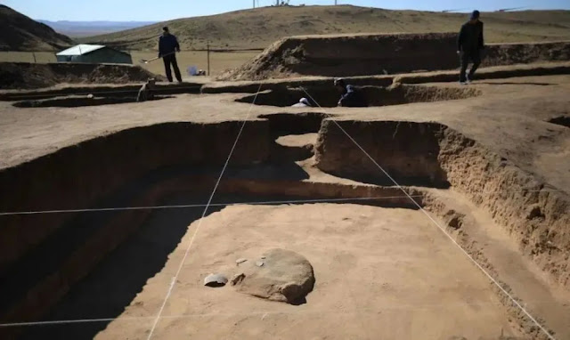Residential ruins of Neolithic Age found on north China grassland