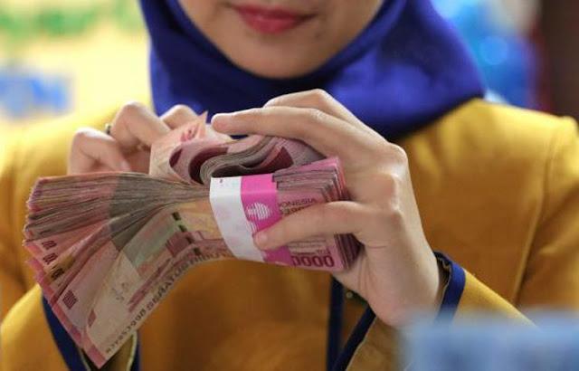 Bolehkah Istri berhutang tanpa Sepengetahuan Suami? Ini Hukumnya dalam Islam
