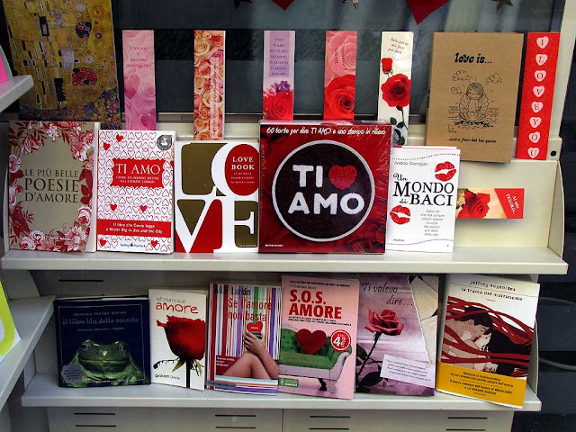 "Valentine's Day themed window display, Gaia Scienza bookstore, Livorno"" bookstore"