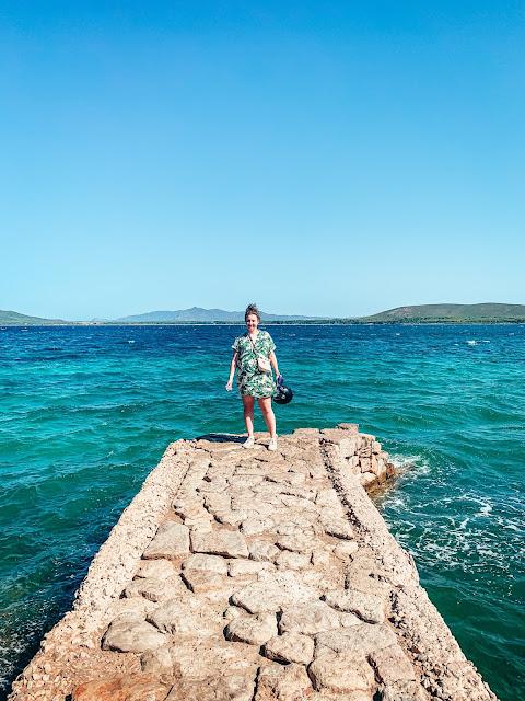 Planujesz wyjazd i pobyt w okolicach miasta Alghero na Sardynii? Podpowiem Ci, co warto wiedzieć i na co się przygotować.