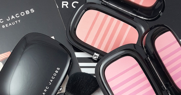 A close up on make up: Marc Jacobs Beauty, Air Blush Soft glow duo