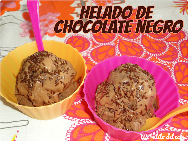 Helado de chocolate negro