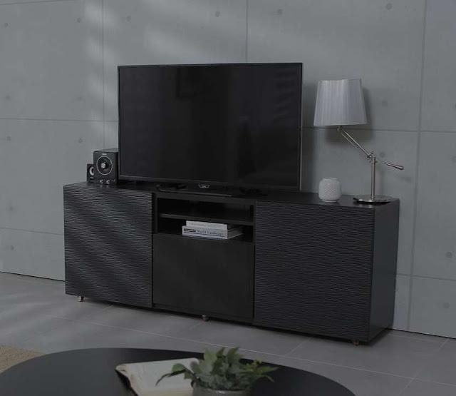 Rak TV dari Kayu Olahan
