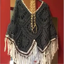 Poncho Boho a Crochet