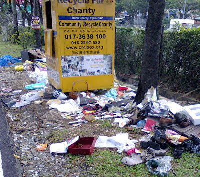 recycle drop box at Jalan SS20/1 Damansara Utama in sorry state