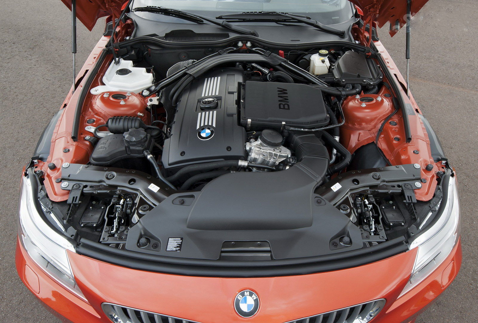 car in 2014 BMW Z4