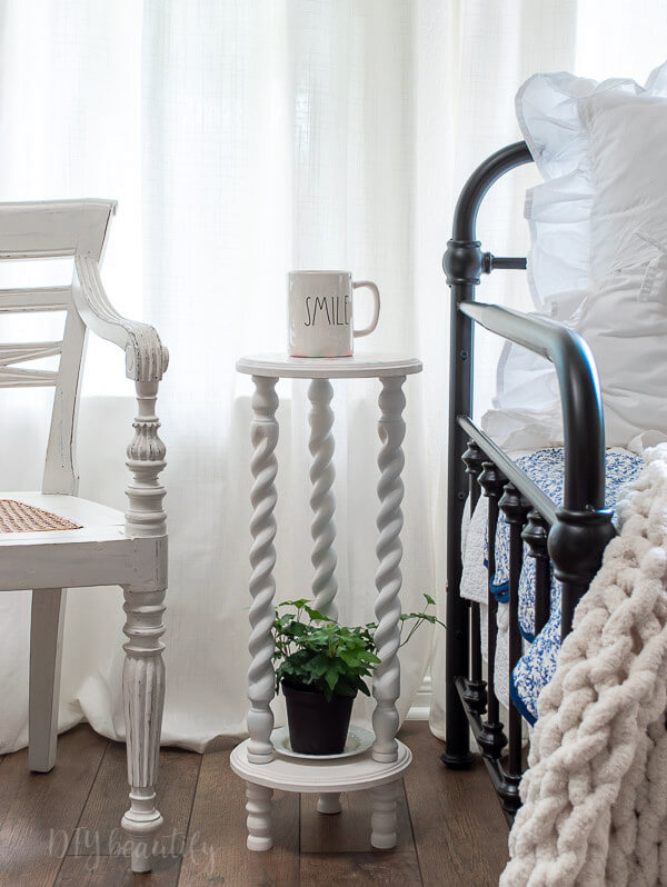 small DIY side table with cottage charm