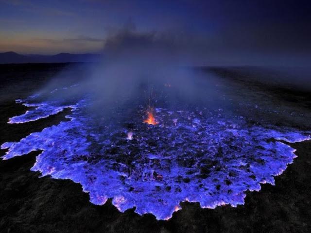 Wisata Alam Api Biru Kawah Ijen