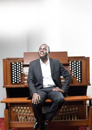 Airtel Promotes Classical Music In Ghana through Addaquay's Performance