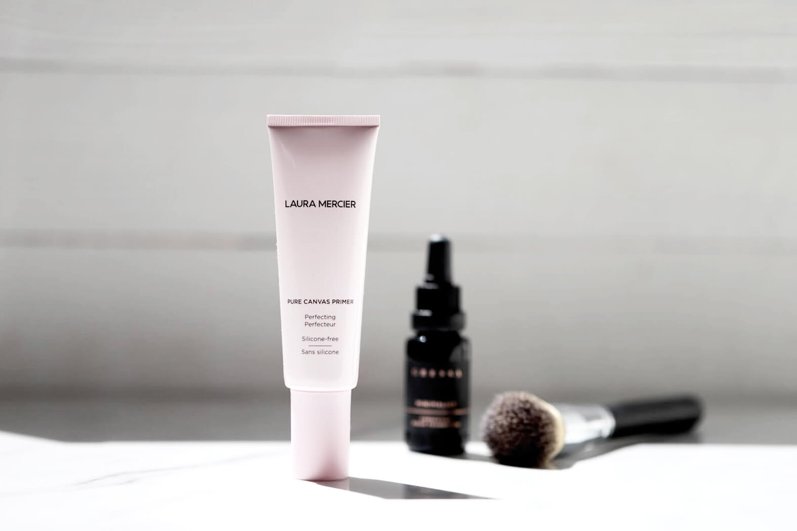 Laura Mercier Pure Canvas Blurring Base Perfecteur avis