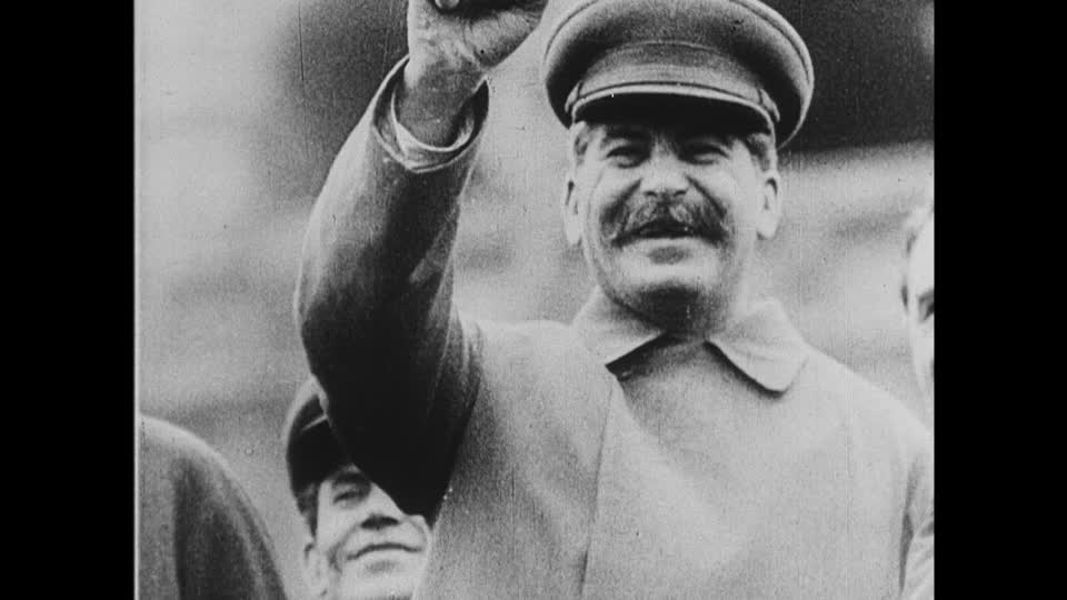 891ed32b9b1 Stalin sends his people off to war