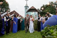 Casamento de Michele e Henrique em Sitio Brasil Festas - Mogi das Cruzes - SP, casamento em capela, casamento de dia, casamento ao ar livre, casamento o campo, igreja para casamento, madrinhas de azul royal, noiva de branco, fotografo de casamento, fotografia de casamento, foto e video de casamento