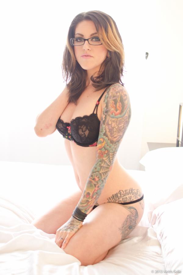 Olivia black nude images