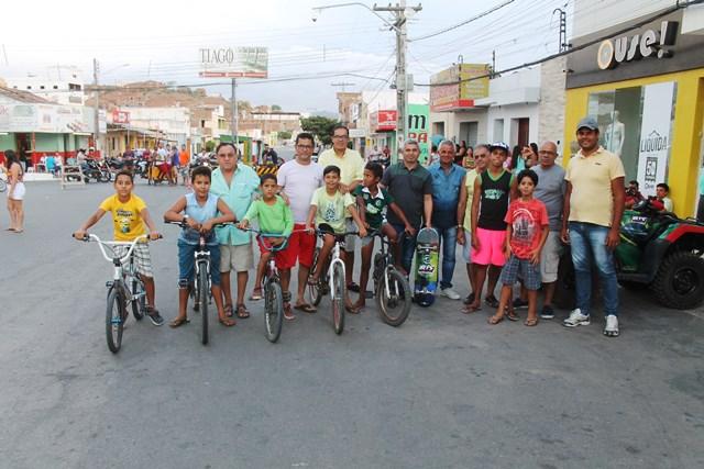 Prefeitura de Taquaritinga lança o projeto avenida do lazer em Pão der Açúcar