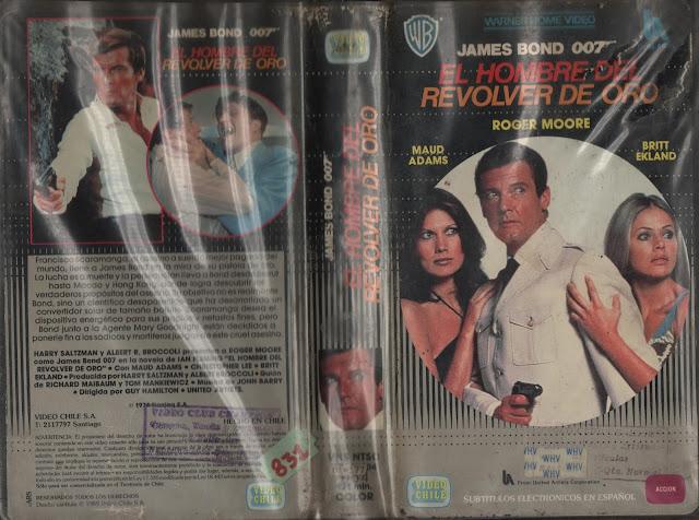 """Pelicula: """"El Hombre del Revolver de Oro"""" - 1974"""