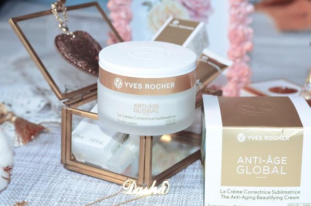 Yves Rocher  Emblématique Crème Correctrice Sublimatrice-Toutes peaux — Jour Дневной Крем Анти-Аж Глобаль