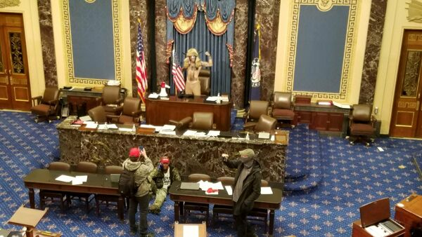 Usa, assalto al Congresso: un ferito