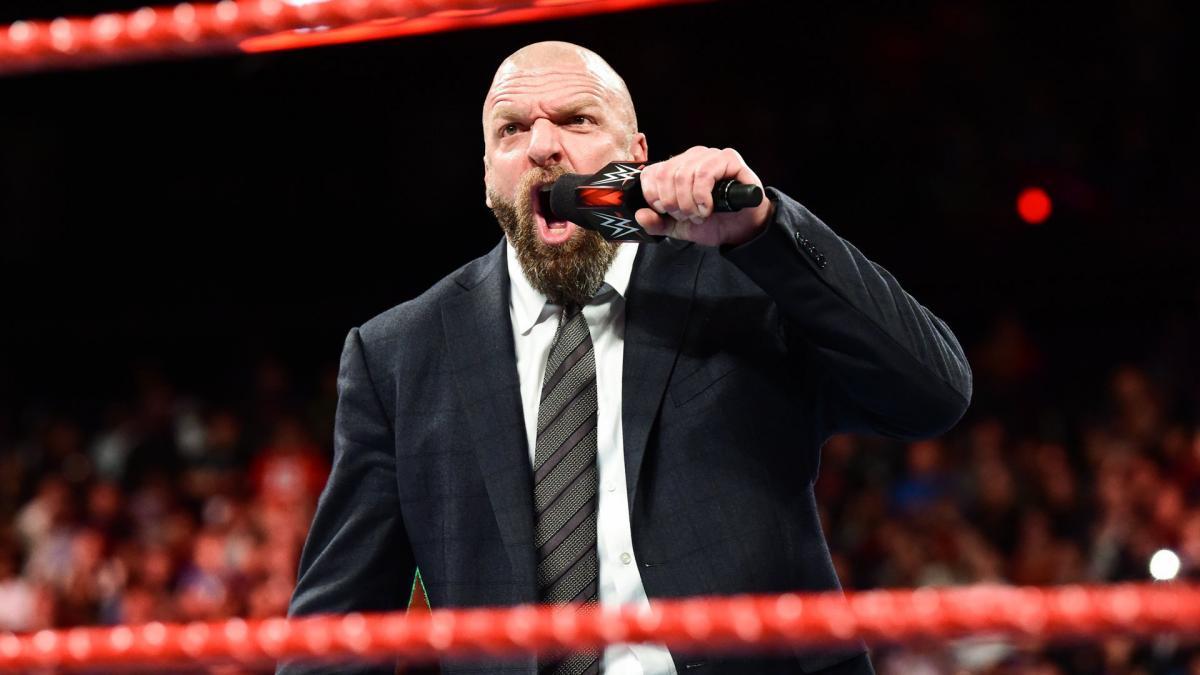Bret Hart afirma que Triple H só é lembrado por causa de Vince McMahon