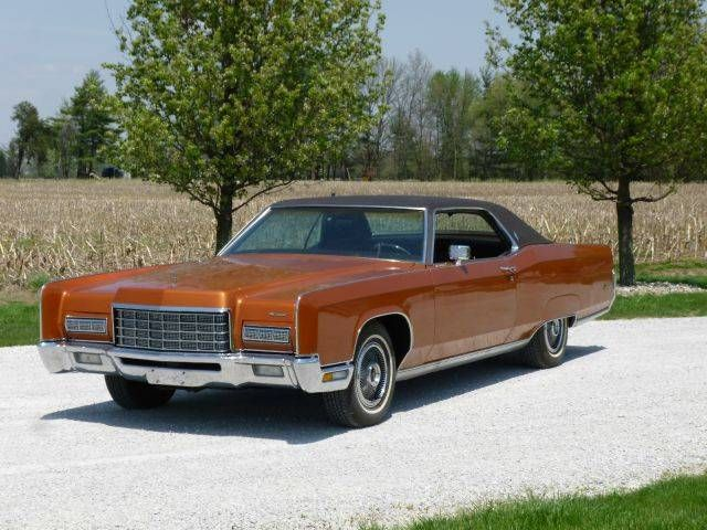 Crawling From The Wreckage: 1977 Lincoln Continental Town