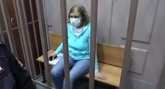 Суд арестовал четверых московских врачей, обвиняемых в торговле детьми