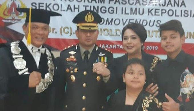 Kapolres Pelabuhan Tanjung Priok AKBP Reynold E.P. Hutagalung Raih Gelar Doktor Human Trafficking