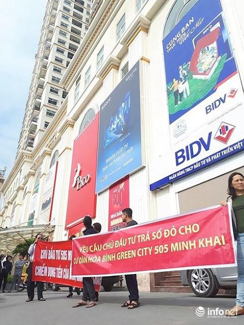 Nỗi lo sổ đỏ của người dân từng ngày tại chung cư 505 Minh Khai