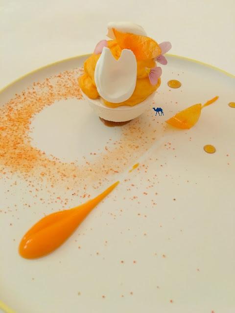 Le Chameau Bleu - Restaurant étoilé paris - Patate douce, Meringue, Glace d'Erable