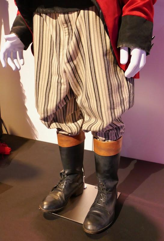 Dumbo Max Medici costume boots