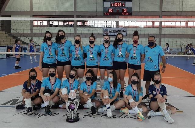 Equipe de voleibol Sub 19 de Foz do Iguaçu é vice-campeã da Copa Integração Feminina