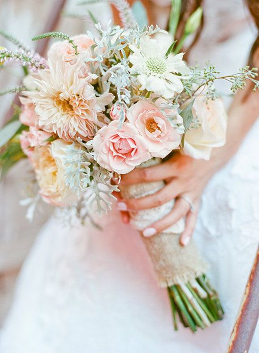 pink wedding flower ideas bouquet