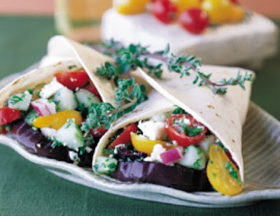Grilled Greek Wraps Under 500 Calories #vegetarianwraprecipe