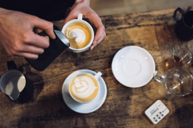 Milk jugs for latte art | How to Choose The Best Milk Jug for Steaming & Latte Art