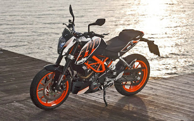 New KTM 690 in beach Hd Picture