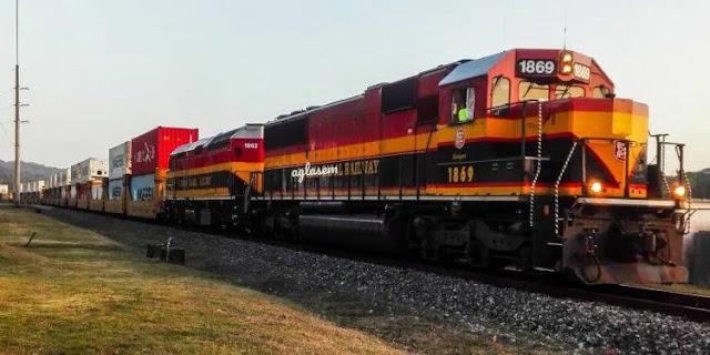 RRC:10वीं पास उम्मीदवार के लिए बड़ा मौका रेलवे में हजारों पदो पर निकली भर्तियाँ