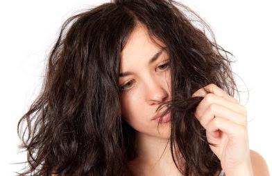 Cara Atasi Rambut Kaku dan Kering