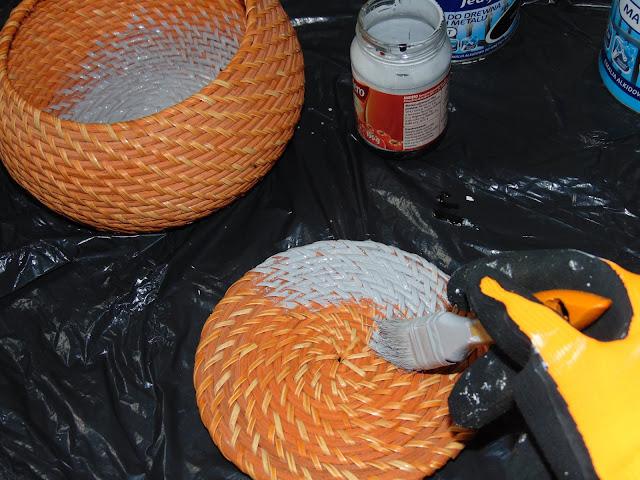 czym pomalować koszyk z wikliny