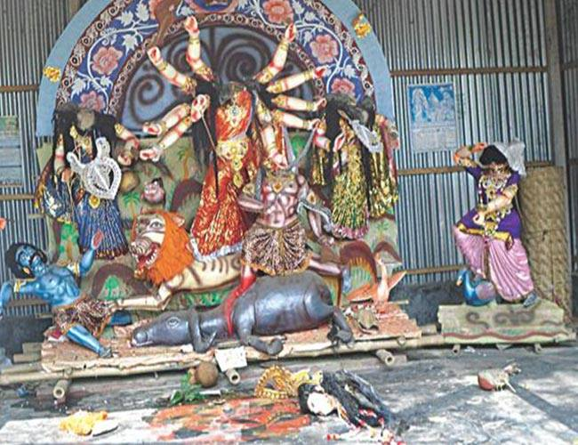 Why does the American media ignore the desecration of Hindu gods in Bangladesh?