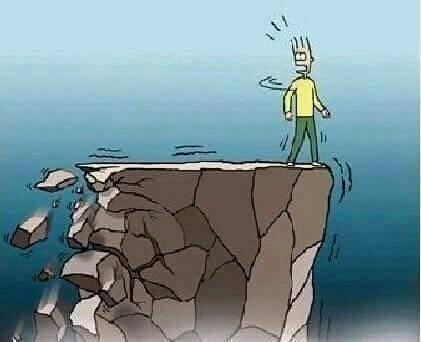 Tetapi tidak demikian! Masalah semakin besar dan kita akan terjatuh di dalamnya..