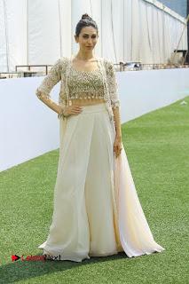Actress Karishma Kapoor Walks For Arpita Mehta at LFW Summer 2017  0027.jpg