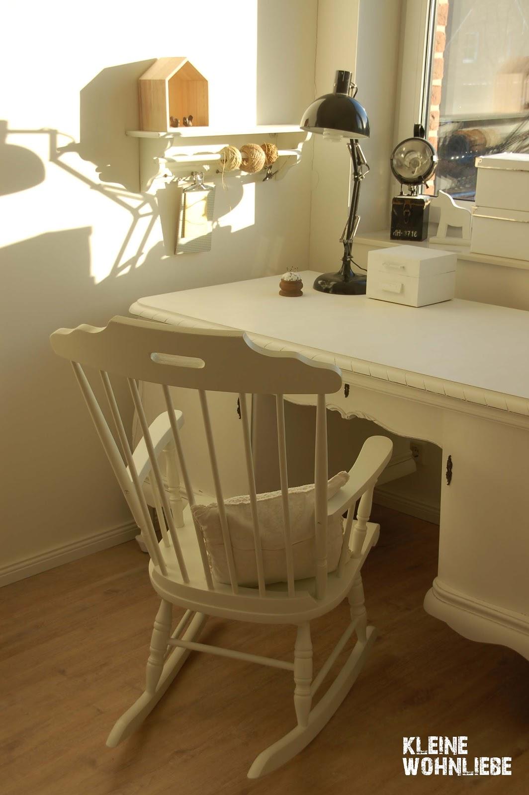 kleine wohnliebe endlich der schreibtisch. Black Bedroom Furniture Sets. Home Design Ideas