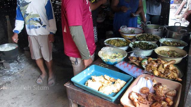Aneka kuliner di Warung Bibis Bu Yati