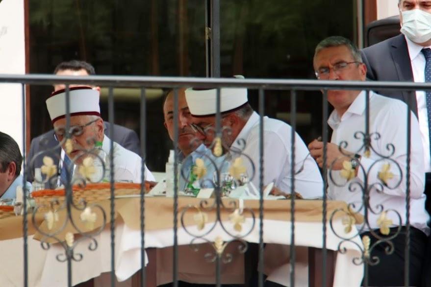 Το λάθος μήνυμα των τριών μειονοτικών βουλευτών που υποδέχθηκαν τον Μεβλούτ στην Θράκη