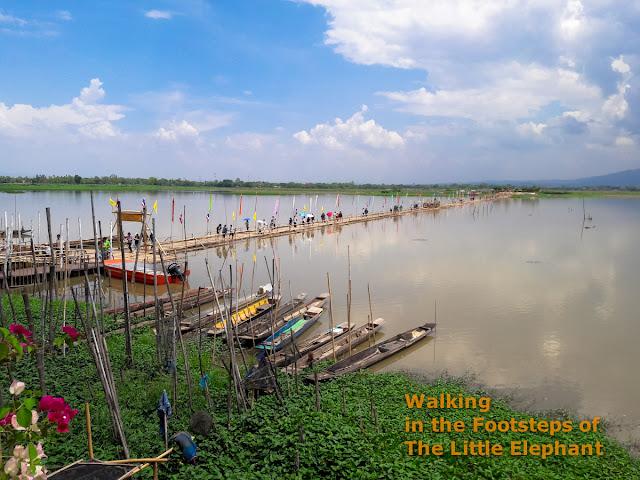 The temple island at Kwan Phayao, North Thailand