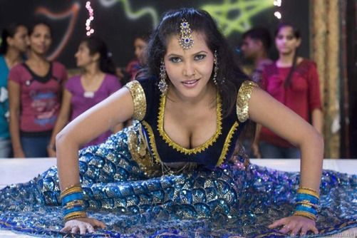 Seema singh cleavage pics