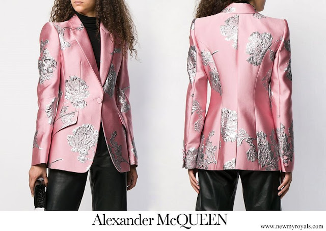 Duchess Maria Teresa wore ALEXANDER MCQUEEN Floral Brocade Blazer
