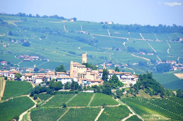 Panoramica sul borgo di Castiglione Falletto