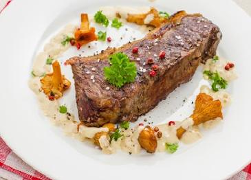 Easy Beef Steak Chanterelles