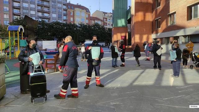 El taller municipal Usoa cumple un año sin convenio colectivo y los trabajadores vuelven a protestar