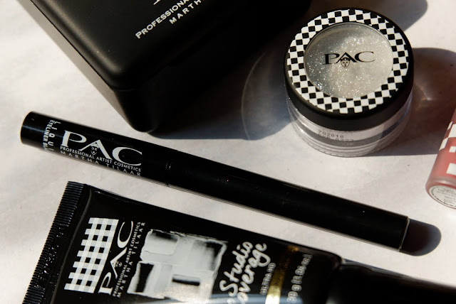 pac-liquid-eyeliner-black